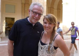 CNN anchor Wolf Blitzer and an ieiMedia student in Urbino, Italy.v
